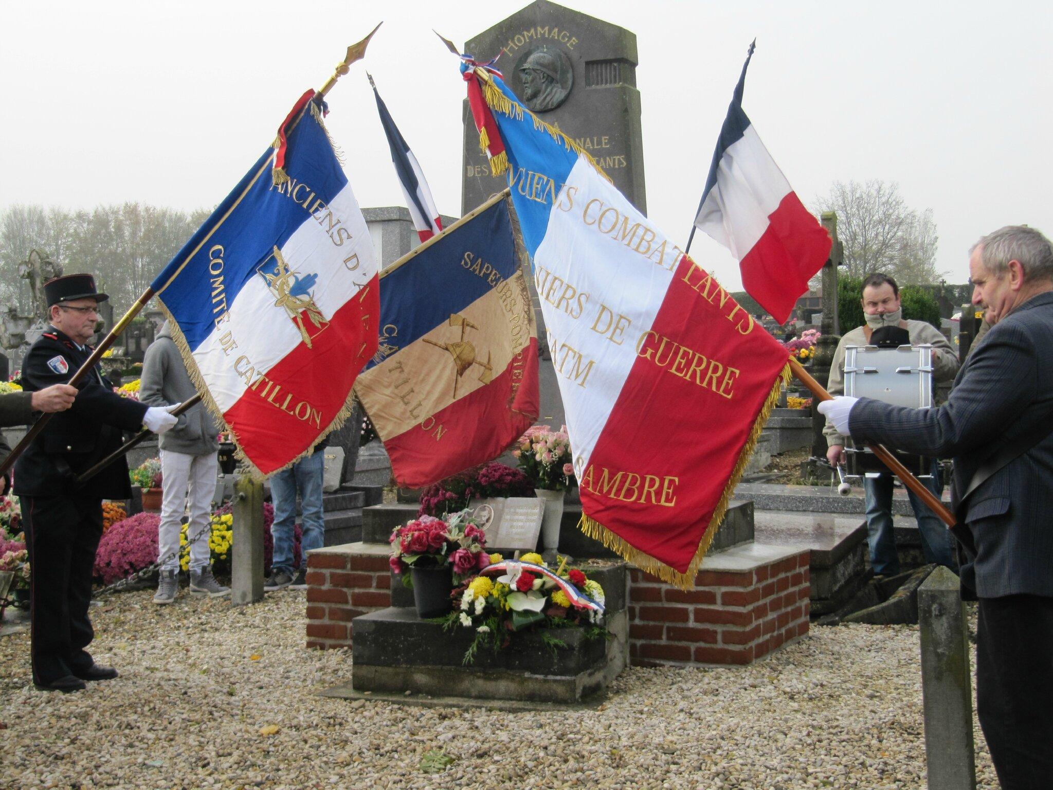 11 Au carré militaire du cimetière
