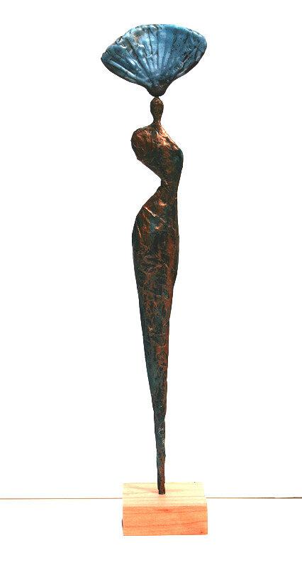 statue-femme-coiffee-eventbleu-raku-vanessaRenoux2019