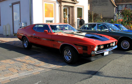 Ford_mustang_mach_1_coup__351__3_me_Rencontre_de_voitures_anciennes___Benfeld_2010__01