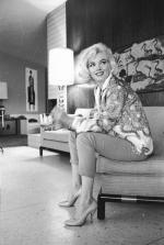 1962-06-tim_leimert_house-pucci_jacket-sofa-by_barris-022-2
