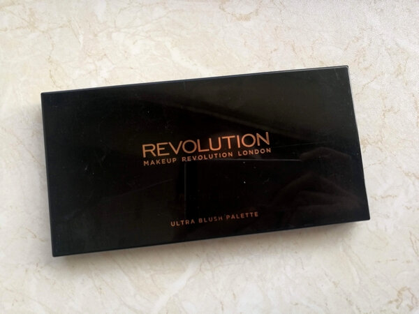 makeup revoluion ultra blush palette hot spice (1)