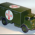 Dinky toys © military ambulance 626 ...