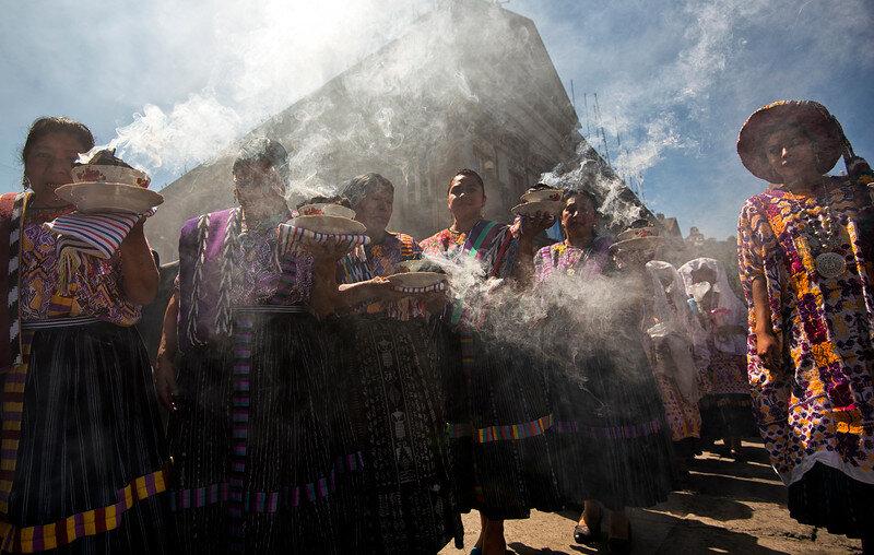 smoky procession guatemala-L