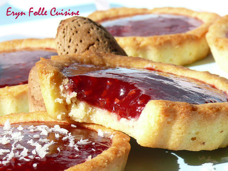 biscuits_tartelettes_amandes_framboises7