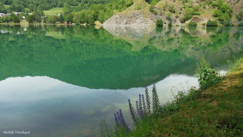 Lac Genos 09061661