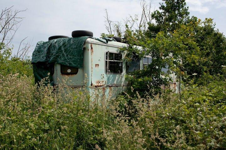 caravane zad