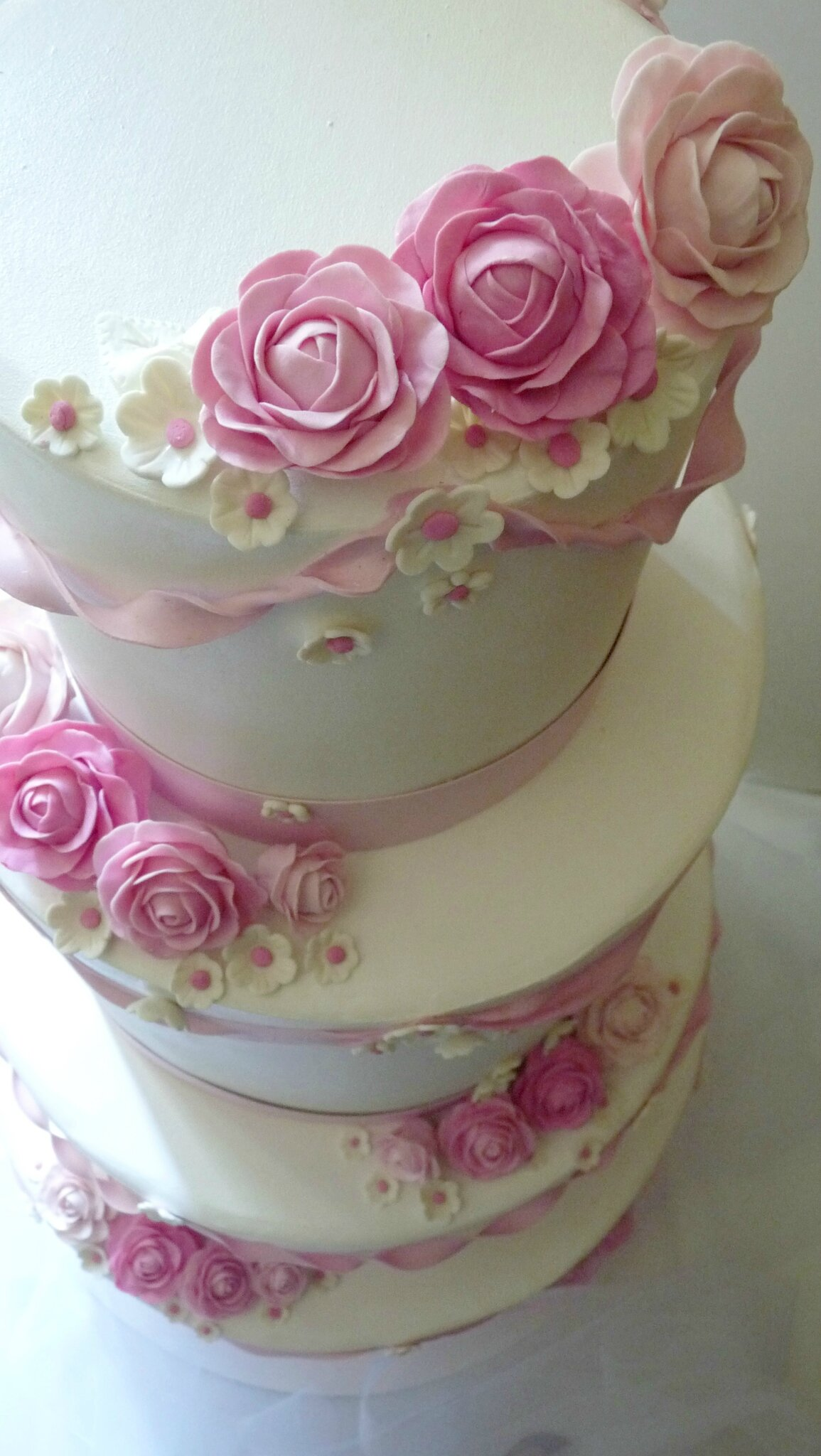 Wedding cake, détails, roses
