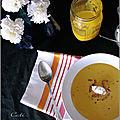 Crème de potimarron aux lardons & quenelles de brebis
