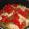 Poulet sauté aux asperges et tomates cerises