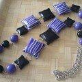 collier violet et noir