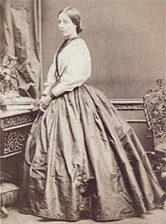 Louiseraynerportrait