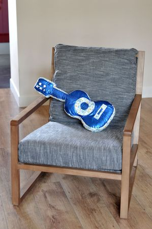 Coussin guitare 013