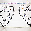 earrings white inner heart leatherette b