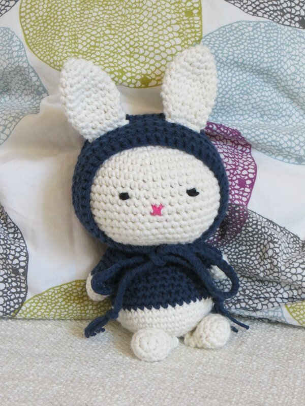 House in the city, lapin crochet 2