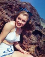 1946-08-CA-Castle_Rock_State_Park-Swimsuit_bird-by_william_carroll-010-1a