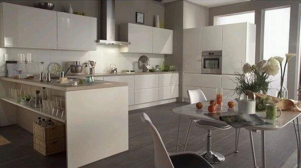 et maintenant la cuisine pas schmidt r novation d 39 une long re o tout est refaire. Black Bedroom Furniture Sets. Home Design Ideas