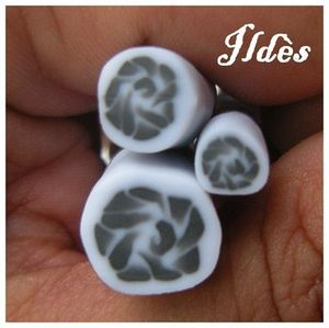 fimo cane rose grise