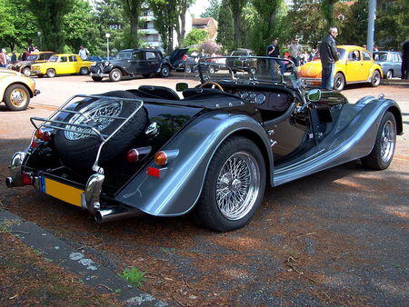 MORGAN Plus 8 Roadster au Retrorencard 2