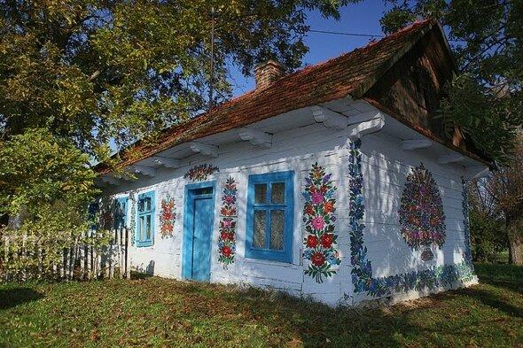 zalipie-romantique-artistique-villages-fleurs-pologne-07