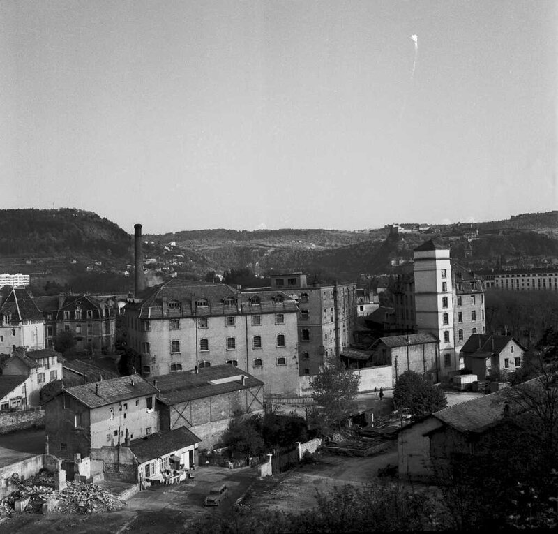 uac isenbart destruction moulin du fond mai 66 (4)
