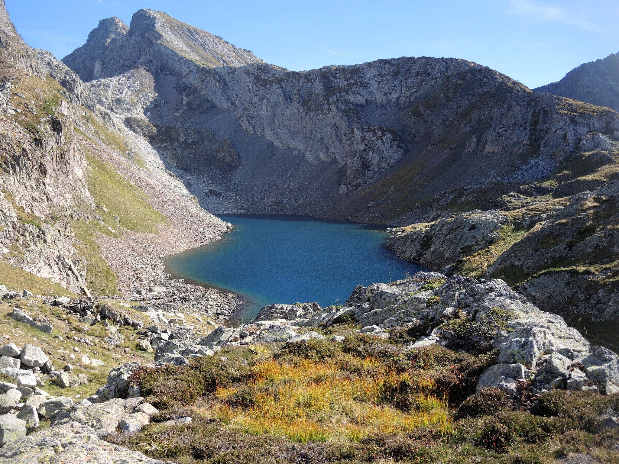 Lac d'Arrious, randonnée, o) lac d'Arrious, vue générale, couleurs (64)