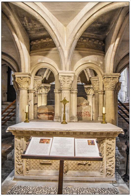 Saint-Maixent Histoire et fouilles archéologiques dans la crypte de l'ancienne église de Saint Léger (1)
