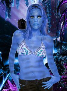 leslie bibb avatar 4