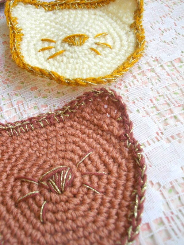 chat-crochet-doré-diy