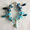 Bracelet cristal et pendants gouttes bleu