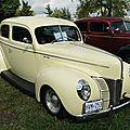 Ford deluxe tudor sedan-1940