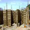 latrines CEG - montages des murs 4