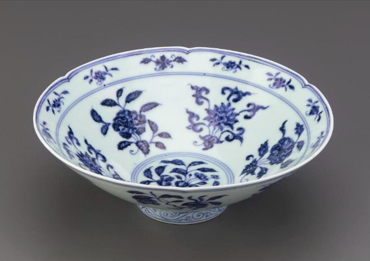 Bowl with foliate rim, Ming dynasty, Xuande reign, 1426-1435