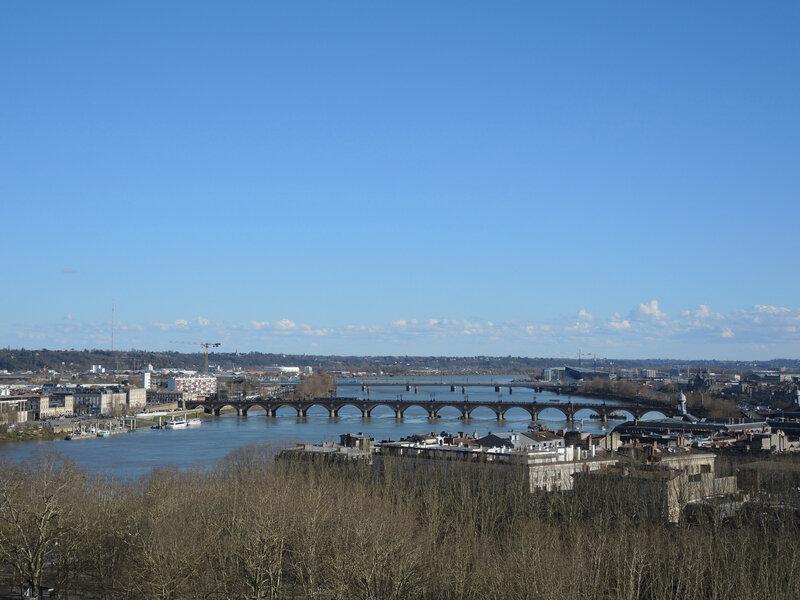 Bordeaux, Place des Quinconces, vue de la grande roue, ponts (33)
