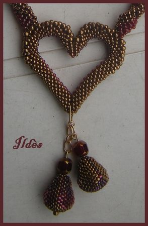collier_coeur_rouge_or_zoom_1