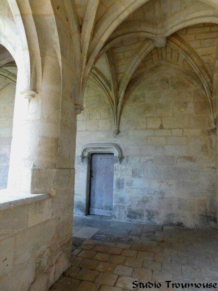 porte d'un ancien ermitage [800x600]