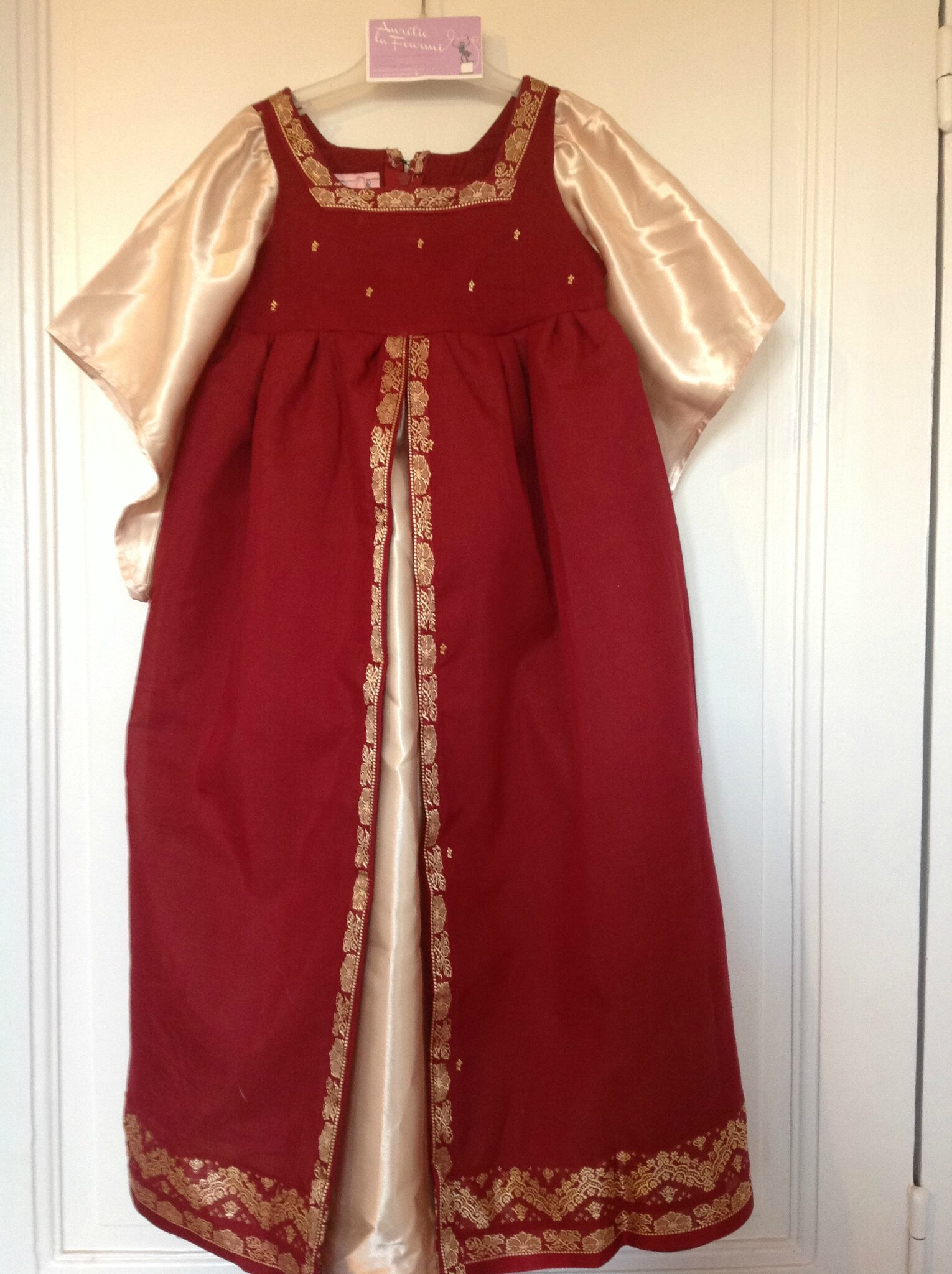 Robe de princesse 4 ans 70€