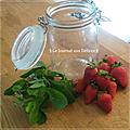 Eau fruitée ( detox water) goût fraise/menthe