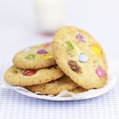 cookies_chocolat_blanc_aux_smarties_preview_gallery