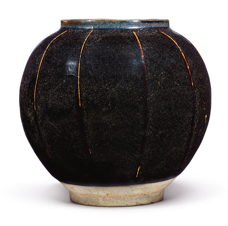 A brown-glazed ribbed jar, Song-Jin dynasty (960-1234)