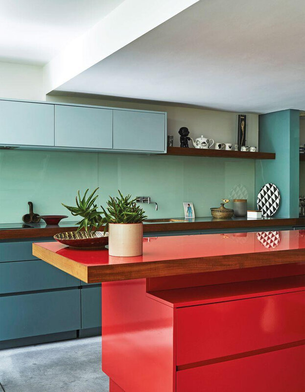 perfect-english-townhouse-p151-mullen_kitchencupboards_011