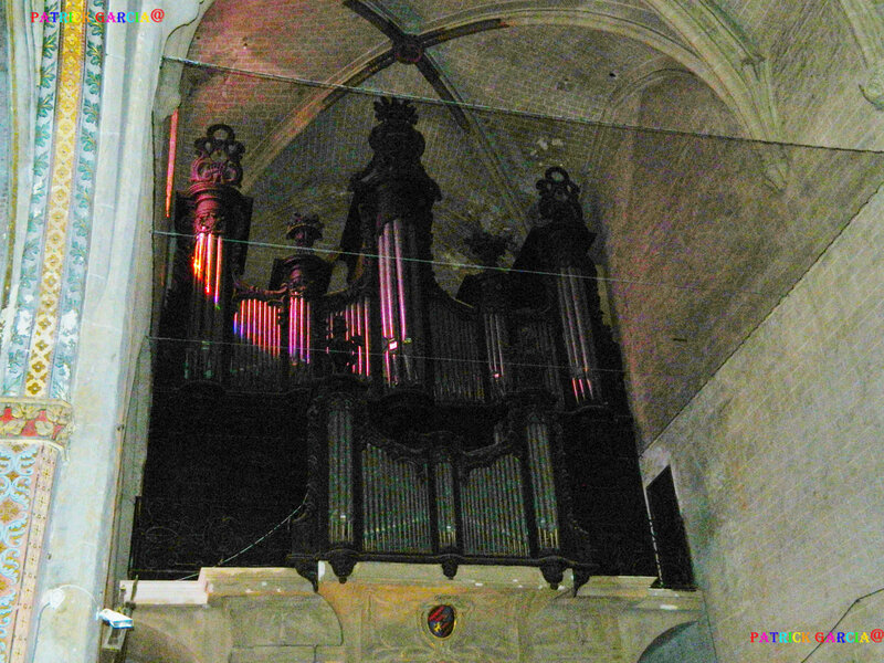 LOMBEZ CATHEDRALE ORGUE - 806 copie