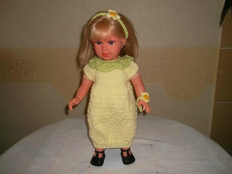 Sharon porte la robe citron défi de Nathalie
