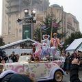 dld_parade8
