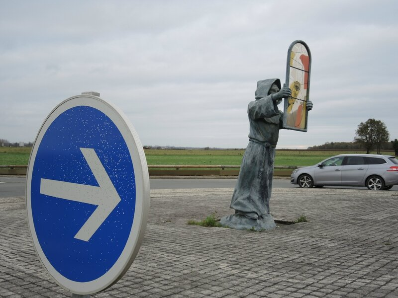 Trizay, rond-point