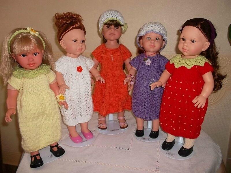 Sharon, Salomé, Félicity, Bécky, Angy portent les 5 robes pour Soraya ( Nathalie, Paméla, Frédérique )