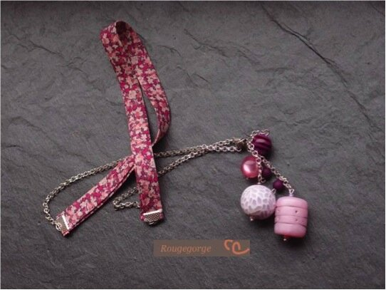 Collier sautoir en rose