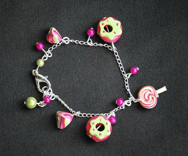 bracelet gourmand en fimo 12 euros