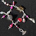 bracelet breloques rose et gris