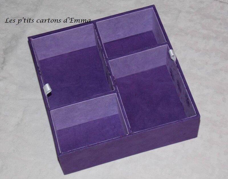 Boite blanche-violet 8b