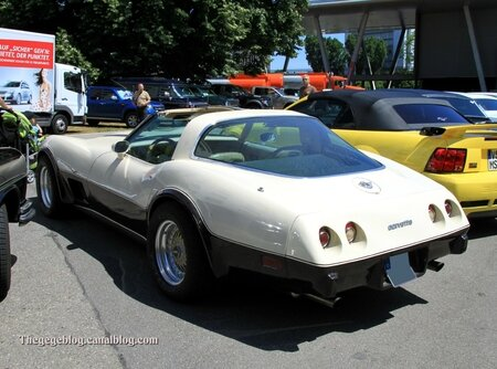 Chevrolet corvette stingray (RegioMotoClassica 2011) 02